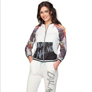 COLORFUL ARMS JACKET N PANT White LUXE LOUNGE SET